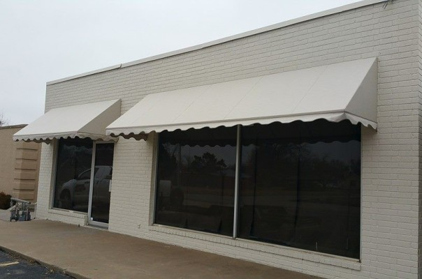 Blue Diamond Signs – Custom Awnings 003